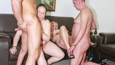 XXX Omas download